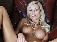 Blonde-haired hottie with awesome body performs solo