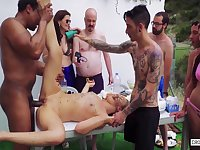 Xtreme Bdsm Group Sex On The Backyard With Selvaggia & Franco Roccaforte 10 Min