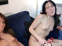 amateur french porn Estelle et Lara, timides mais coqui