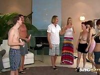Swingers expose their luscious bodies.
