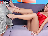 Inviting darkhair Ann Marie Rios has a hot foot fetish