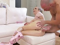 Deepthroating and kinky booty play with hottie Karla Kush