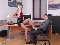 Office threesome with double penetration for secretary Lara Onyx